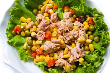 tuna salad with mais