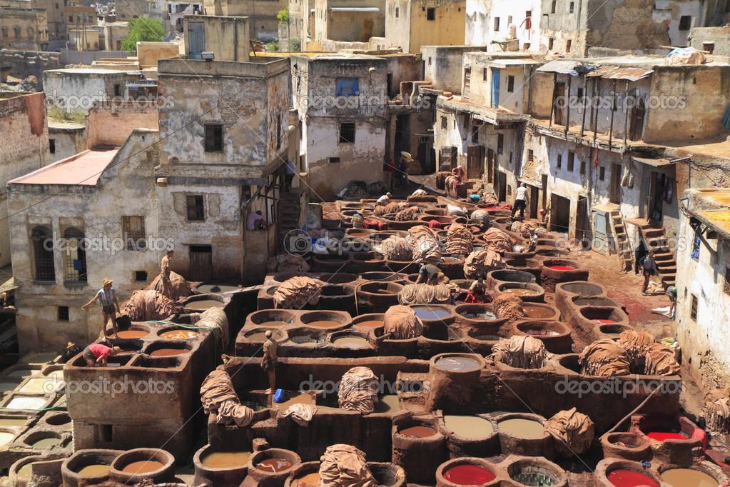 Αποτέλεσμα εικόνας για βυρσοδεψείο στην πόλη Φεζ