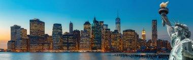 Evening New York City skyline panorama