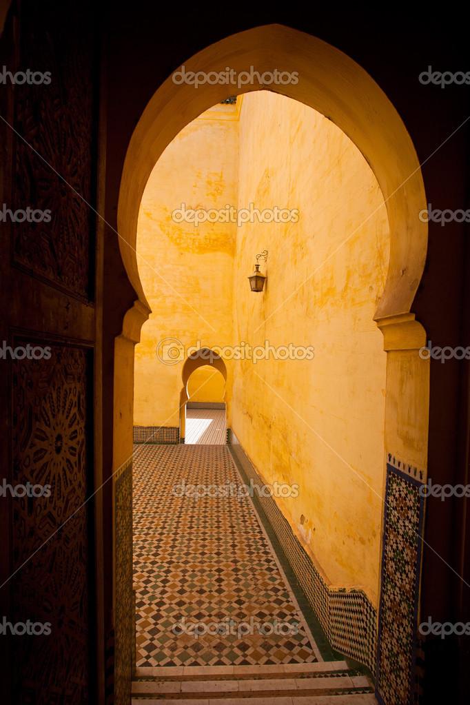 Ancienne architecture arabe traditionnelle porte for Architecture ancienne