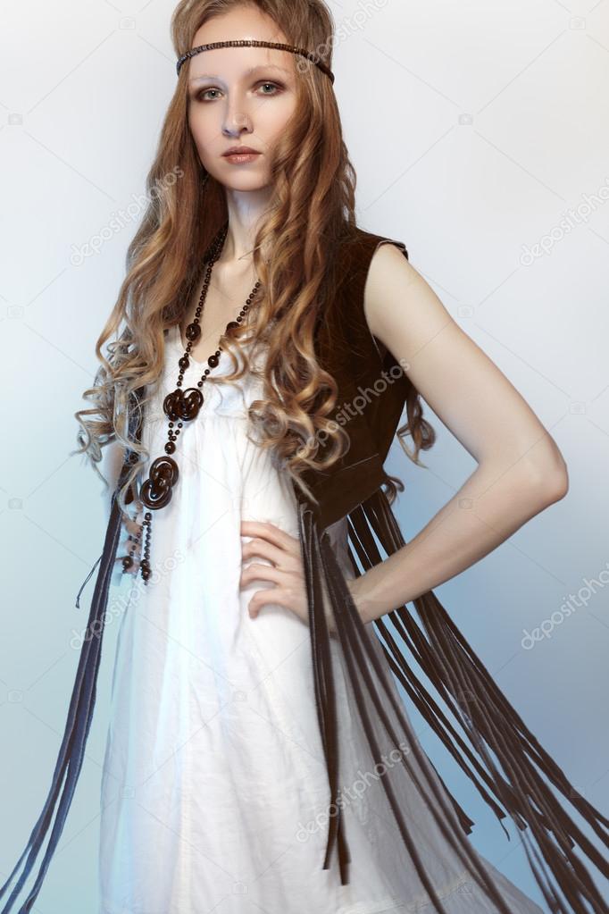 sale retailer 60fbc 580fa Bohemien donna in vestiti primaverili ed estivi con ...
