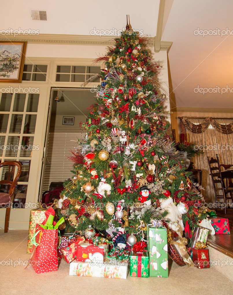 Wrapped Gifts Under Decorated Christmas Tree — Stock Photo ...