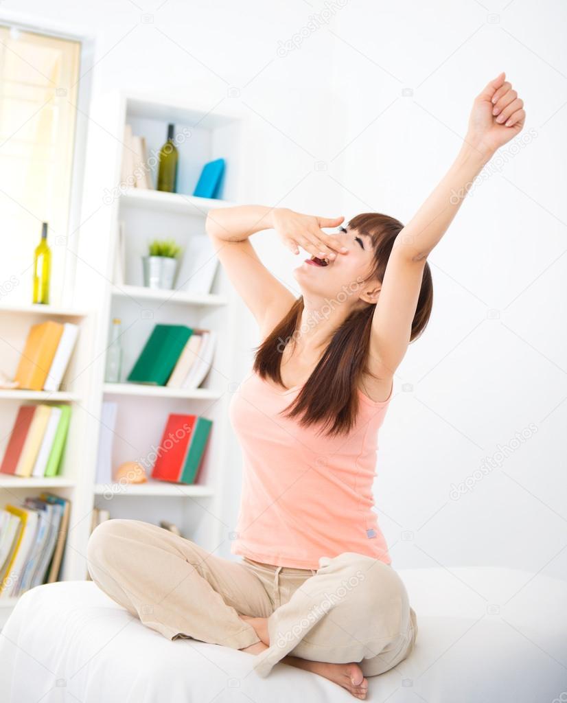 Daha İyi Uyanmak İçin Esneme Hareketleri