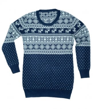 Sweater with a pattern of deer