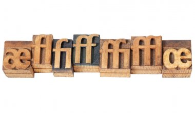 Ligature in wood type