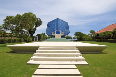 The Diamond Bali