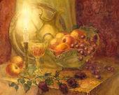 akvarell csendélet. égő gyertya megvilágítja gyümölcsök, virág