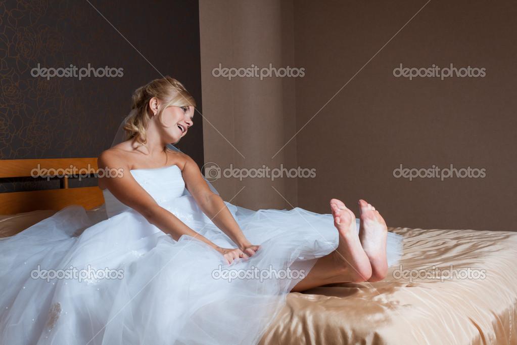 Фото невесты в постели, фото голых пизденок крупным планом