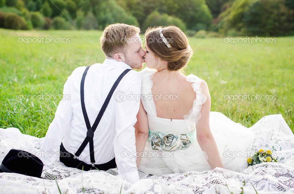 Знакомстве жениха о невестой сказка с