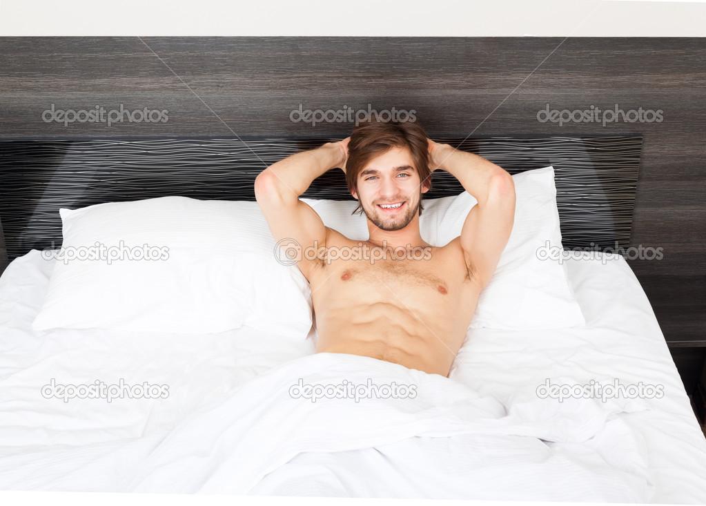 лежа парней онлайн картинки смотреть красивых
