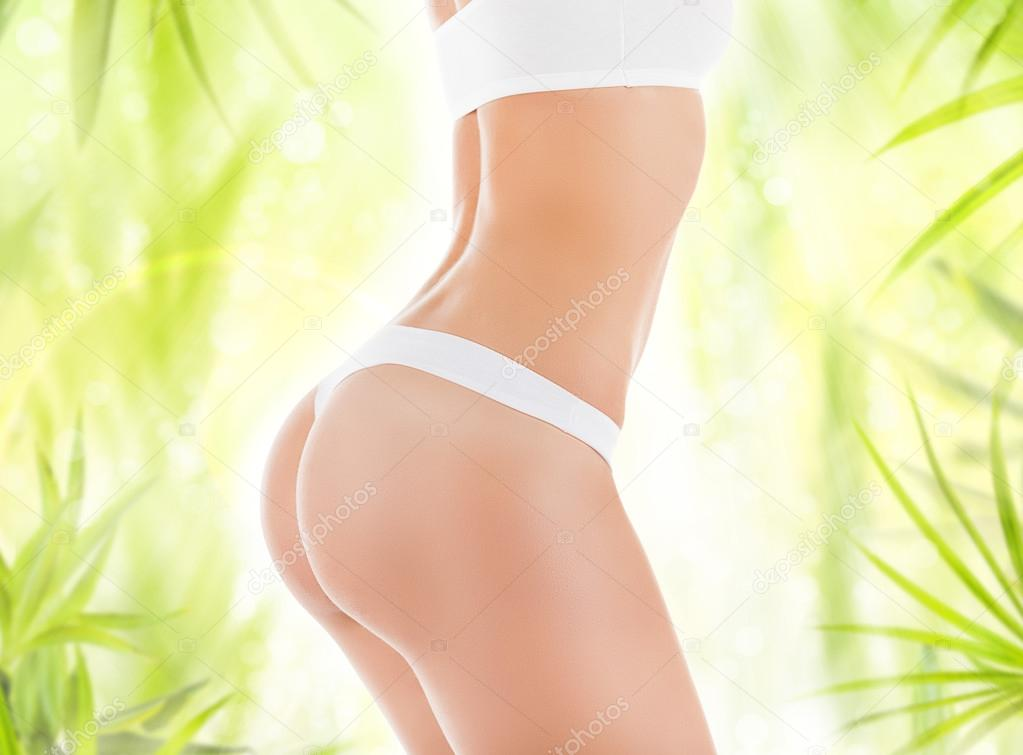 natural breast nude models