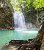 slavný vodopádu erawan