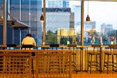 Fotografie interiér kavárny s moderní a jednoduché dekorace