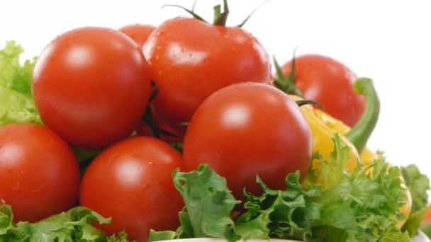 érett paradicsom saláta és paprikával