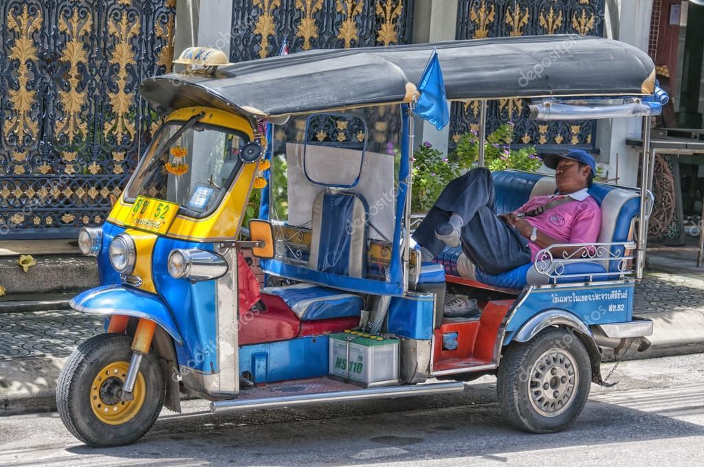 HUA HIN, THAILAND - SEPTEMBER 17, 2010 (02)