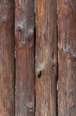 recinzione fatta di tronchi