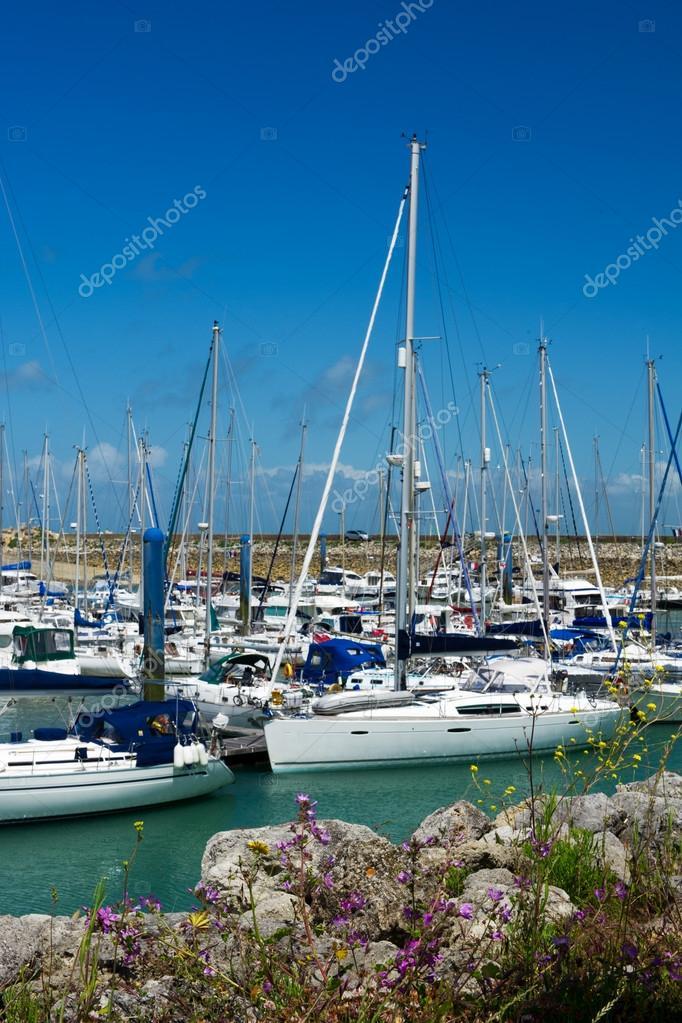 Ile D Oleron En France Avec Yachts Dans Le Port Photographie