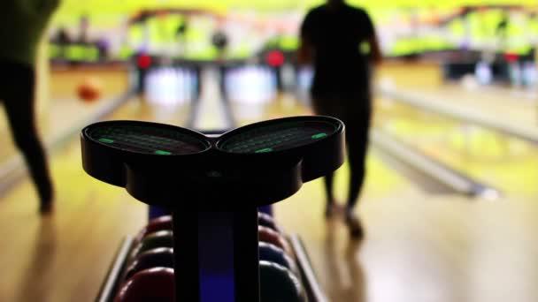 bowling hrát