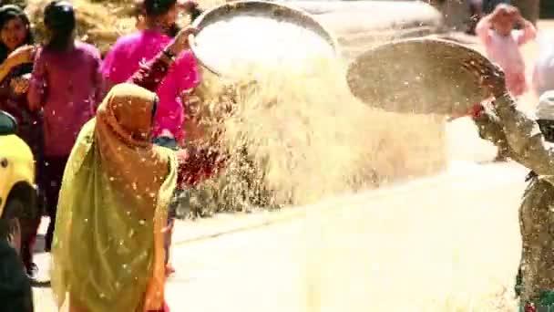 Local woman sieving, bhaktapur