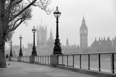 Big Ben & Houses of Parliament, b&w photo