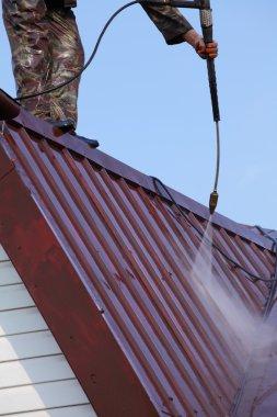 Professional roof washing.