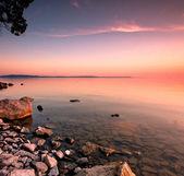 Západ jezero