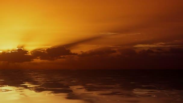 Východ slunce nad oceánem