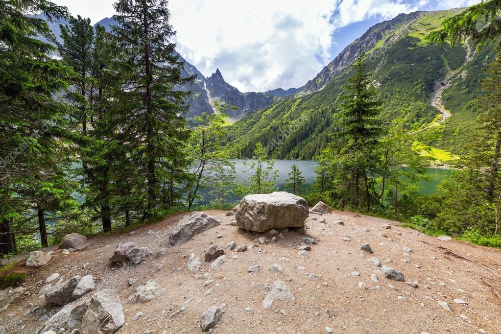 Фотообои Eye of the Sea lake in Tatra mountains