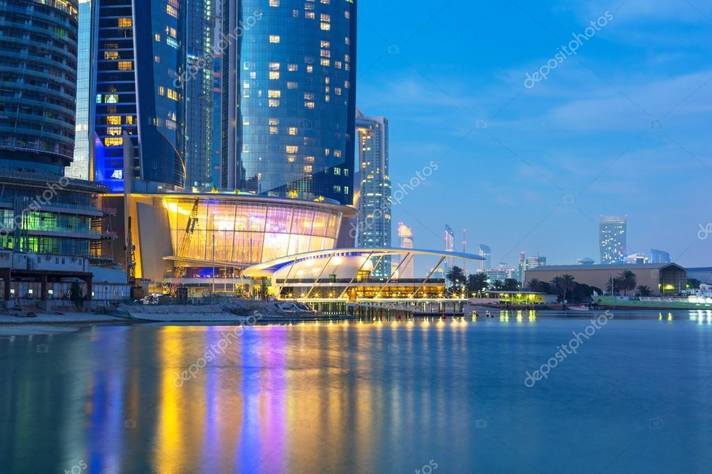 abu dhabi emiratos rabes unidos de marzo etihad torres de edificios en abu dabi el de marzo de emiratos rabes unidos complejo con