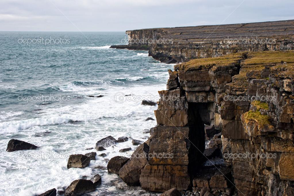 """Résultat de recherche d'images pour """"irlande ile d'aran falaise"""""""
