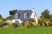 Předměstský dům v západní Francii