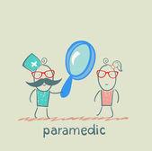 záchranáře studie přes sklo uvelechitelnoe pacienta