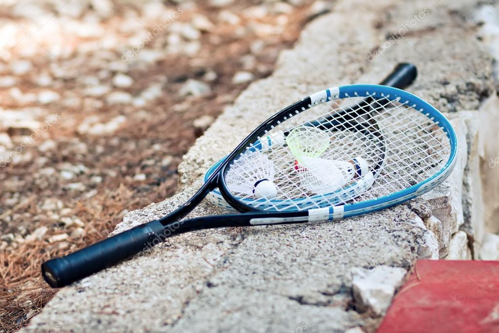 a9112b8956ada Jeu de sport compétition badminton raquette/divertissements– images de  stock libres de droits