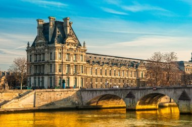 Louvre Museum and Pont ses arts, Paris - France