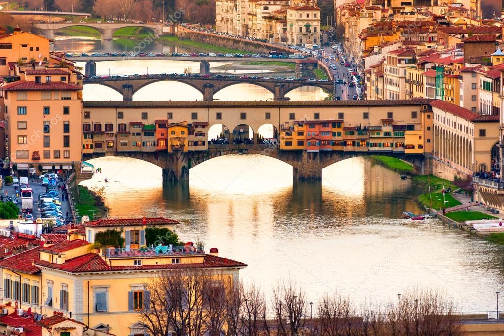 Ponte Vecchio, Florece.