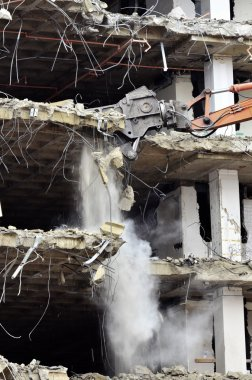 Building Collapsing or Falling Down