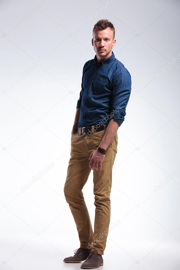 Фото мужчины в полный рост работа в автокаде с моделями