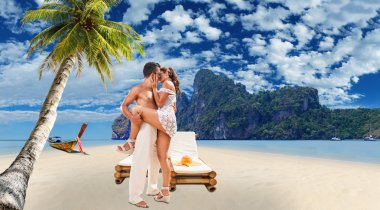 Couple in love on the beautiful bay of Phi Phi