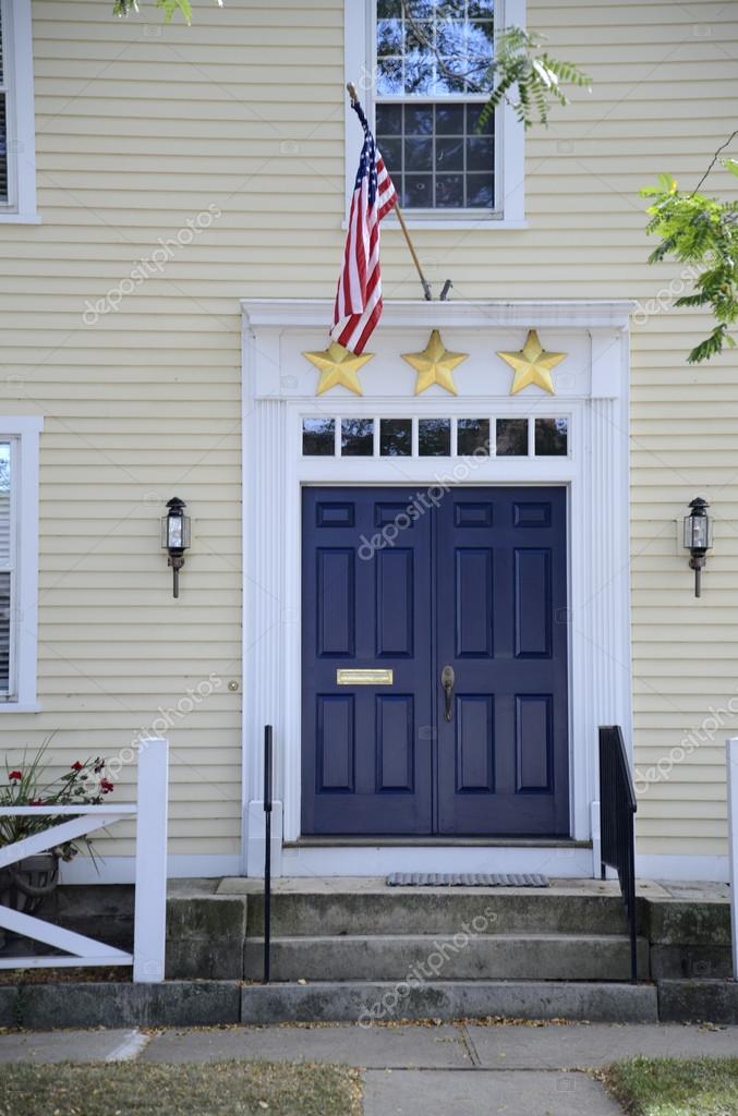 Yellow House With Blue Door Stock Photo 169 Cfarmer 34496211