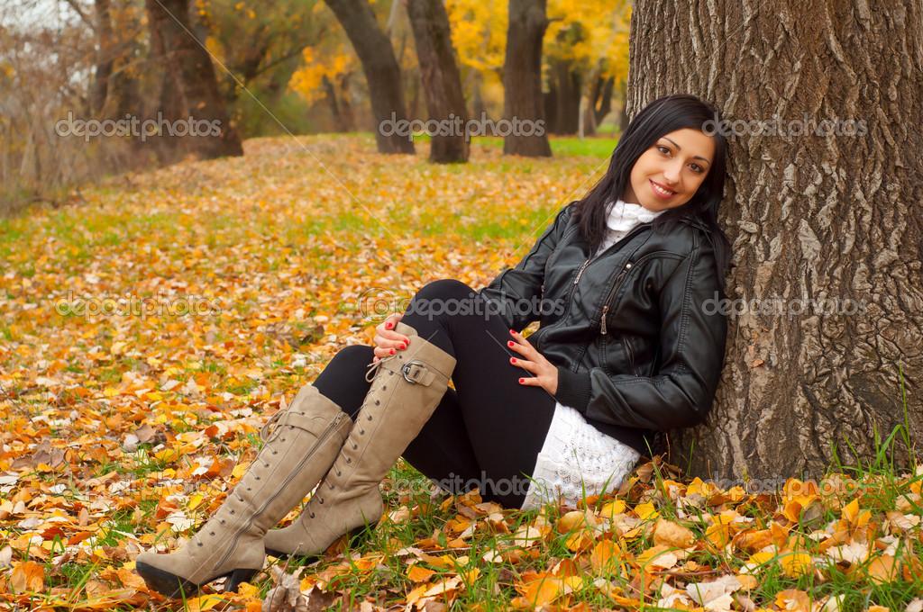 Красивые девушки в осеннем лесу фото — photo 3