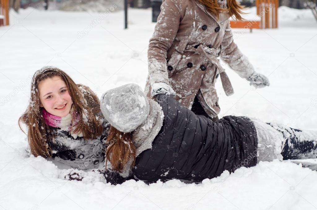 videos-teen-snow