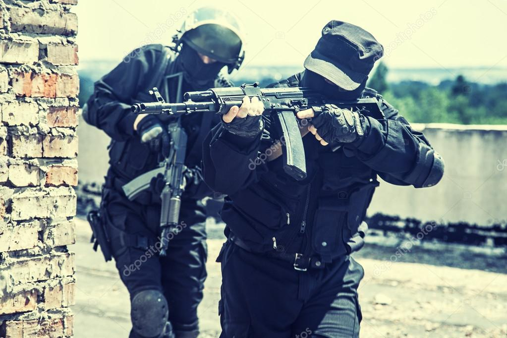 Spec ops soldiers