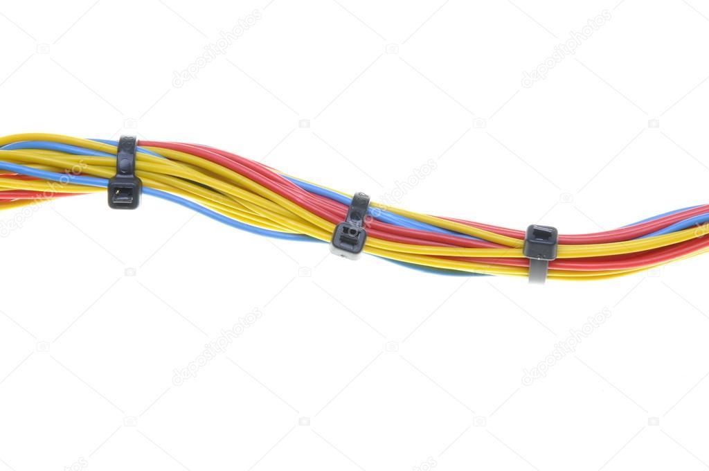 elektrische Leitungen mit Kabelbindern — Stockfoto © Zetor2010 #45178281