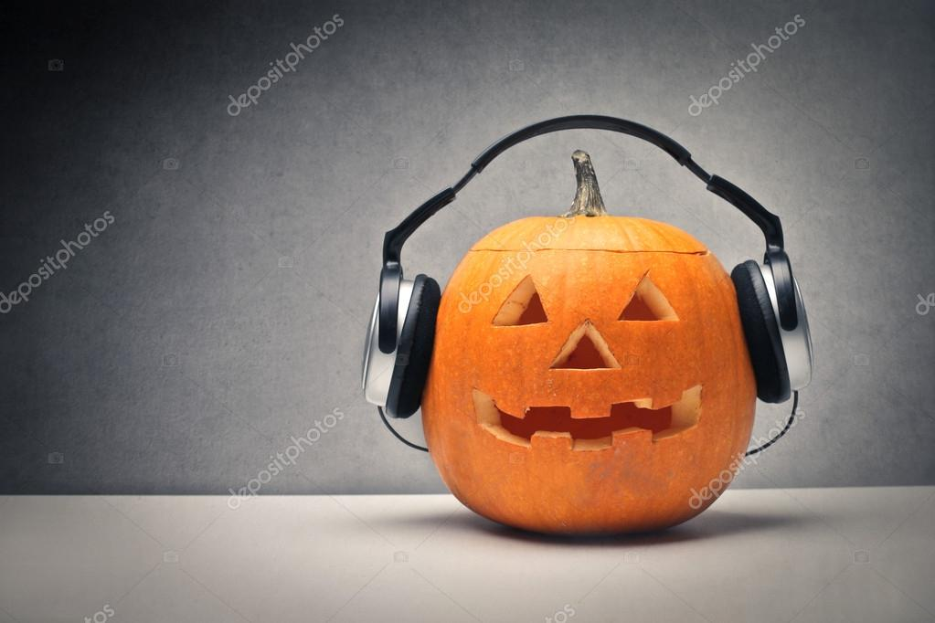 A library of Halloween sound effects and scary music We have 598 songs and you can listen to and download them all in MP3 format