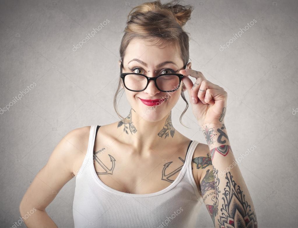 55ad0c1b1b εναλλακτική γυναίκα nerd — Φωτογραφία Αρχείου © olly18  40634345