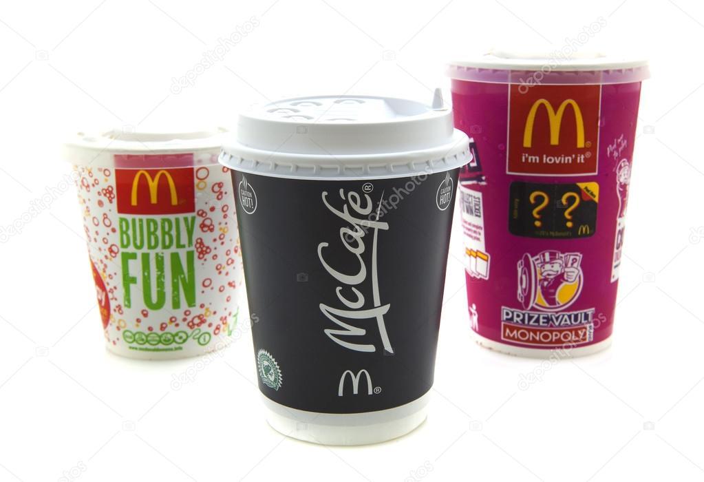McDonalds-Getränke — Redaktionelles Stockfoto © urbanbuzz #45098219