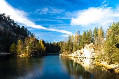 Piskovna lake, Teplice-Adrspach Rocks, Czech Republic stock vector