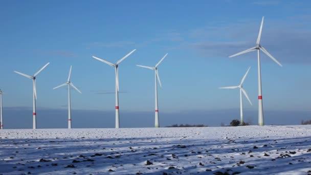Větrná farma v zimě 2