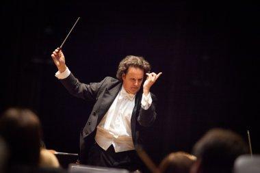 conductor Hobart Earl