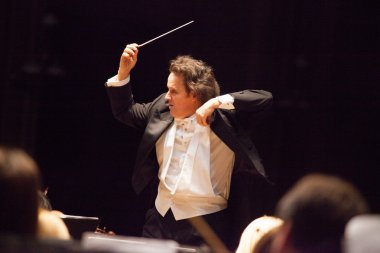Orchestra conductor